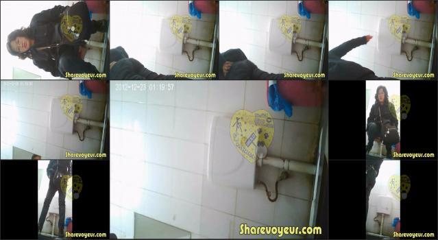 Voyeur4You.com_toilet Voyeur4You-D001