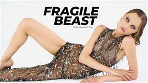 superbemodels-21-07-30-hannah-ray-fragile-beast.jpg