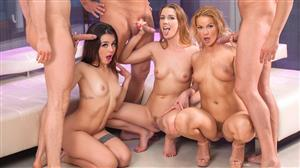 private-21-08-13-alexis-crystal-cherry-kiss-and-martina-smeraldi-the-final-orgy.jpg