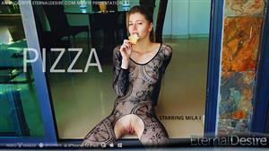 eternaldesire-21-08-13-mila-i-pizza.jpg