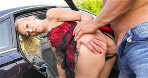 swhores-21-08-15-lucia-aim-new-on-the-streets.jpg