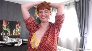heavyonhotties-21-08-20-rhia-luck-of-the-irish.jpg