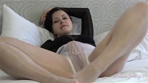 auntjudys-21-08-20-wanilianna-hotel-striptease-and-masturbation-show.jpg