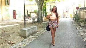jacquieetmicheltv-21-08-29-mila-34-comes-to-live-her-experiences.jpg