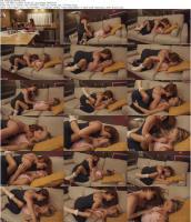 233937098_kissingthehelp.jpg